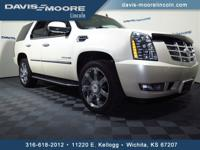 Body Style: SUV Engine: 8 Cyl. Exterior Color: White