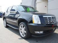 2010 CADILLAC ESCALADE 4X4 ONE OWNER LOW MILES REAR DVD