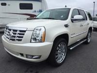 Exterior Color: white diamond tricoat, Body: SUV, Fuel: