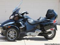 2010 Can Am Spyder RT-S SM5. LOW MILES! This is the top