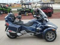 With a host of basic features the Can-Am Spyder RT