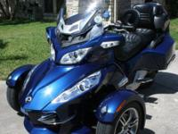 2010 Can-Am Spyder RT-S SE5. OUTSTANDING DISORDER!