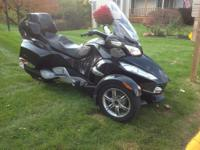 Beautifully maintained 2010 Can Am Spyder RT SE5 with