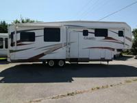 2010 CAMEO 37FB3-Triple Slide Cameo Fifth Wheel, Rear