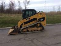 2010 Caterpillar 279C Cab with heat & air 2 speed