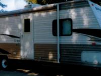 2010 Cherokee Grey Wolf, Length: 29, 1 Slide, Sleeps 7,
