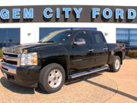 LOCAL TRADE IN ! ... Z71 PACKAGE ! ... LOW MILES ! ...