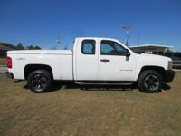 Come see this 2010 Chevrolet Silverado 1500 4WD Ext Cab