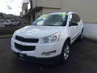 This stylish 2010 Chevrolet Traverse has a compliant
