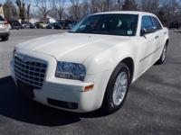 Exterior Color: white, Body: Sedan, Engine: 3.5L V6 24V