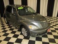 This 2010 Chrysler PT Cruiser Classic 4dr 4dr Wagon