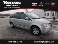 2010 Chrysler Town & Country Mini-van, Passenger