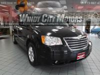 >>>> > > 2010 CHRYSLER TOWN AND COUNTRY TOURING QUAD