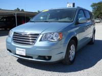Options Included: N/A2010 Chrysler Town & Country