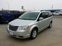 Exterior Color: bright silver, Body: Minivan, Engine: