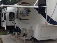 2010 Brookstone 5th wheel Its 38 1/2 feet long. Washer