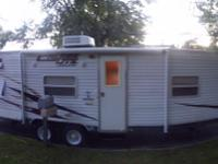 "26"" cruise lite by Salem camper trailer. fairly new."