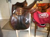 "2010 CWD 2G in excellent condition. 17."" reg tree,"