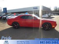 Exterior Color: red, Body: Coupe, Engine: 6.1L V8 16V