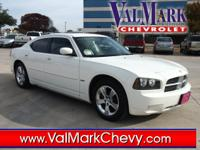 Exterior Color: bright white, Body: Sedan, Engine: V8