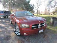 This 2010 Dodge Charger SXT boasts a comfy ride,