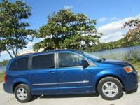 Description 2010 DODGE Grand Caravan Body Side