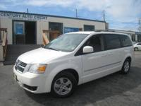 ***CARFAX ONE OWNER, GPS NAVIGATION, Rear BACK-UP