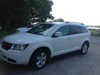 We are selling our 2010 Dodge Journey. This nice 2010