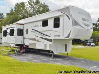 2010 GRAND JUNCTION FIFTH WHEEL 35 TRE Come and See