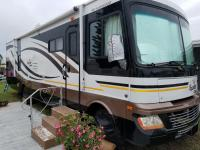 2010 Fleetwood Bounder  Model #: M-34W This very low