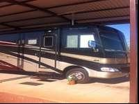 Beautiful Class A motorhome 36' 3slides sleeps 5 full