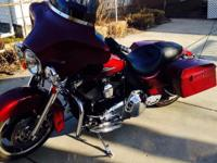 2010 Harley Davidson FLHX 10.5K miles Cruise control