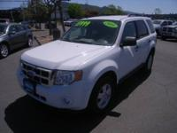 EPA 26 MPG Hwy/20 MPG City!, GREAT DEAL $1,900 below