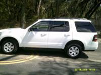 Options:  2010 Ford Explorer  Clean 3Rd Row Seat