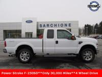 Only 30,000 Miles**2010 F-250 Super Duty XLT 4WD Super