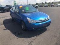 Blue Flame Metallic 2010 Ford Focus SE FWD 4-Speed