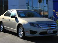 EPA 31 MPG Hwy/22 MPG City! CARFAX 1-Owner. Beige