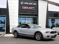 2010 FORD MUSTANG CONVERTIBLE! BRILLIANT SILVER