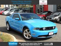 ***2010 Ford Mustang GT ***Carfax Certified w-Clean