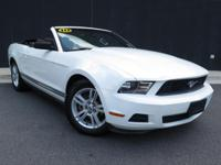 **2010 FORD MUSTANG**V6**CONVERTIBLE**AUTOMATIC**POWER