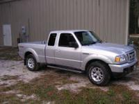Sporty and fun Ford Ranger 4X4 Truck with Very low