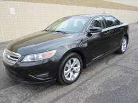 CHECK OUT THIS LIKE NEW SPACIOUS 4-dr 2011 FORD TAURUS