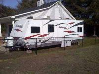 2010 Fun Finder Xtra XT-275 Toy Hauler This is a 27.5