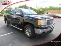 This four wheel drive 2010 GMC Sierra 1500 SL features