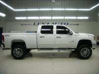 Description 2010 GMC Sierra 2500HD Tow Hitch,