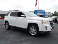 FUEL EFFICIENT 32 MPG Hwy/22 MPG City! Heated Seats,