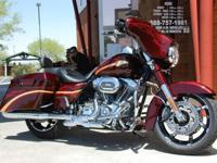 FLHXSE (Screaming Eagle Street Glide) with just 1079.