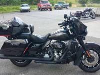 Motorcycles CVO 7375 PSN . 2010 Harley-Davidson CVO