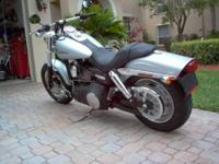 HARLEY DAVIDSON DYNA FAT BOB FATBOB Like NEW 1830