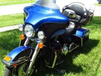2010 Harley Davidson Limited Touring. This Bike Is A1